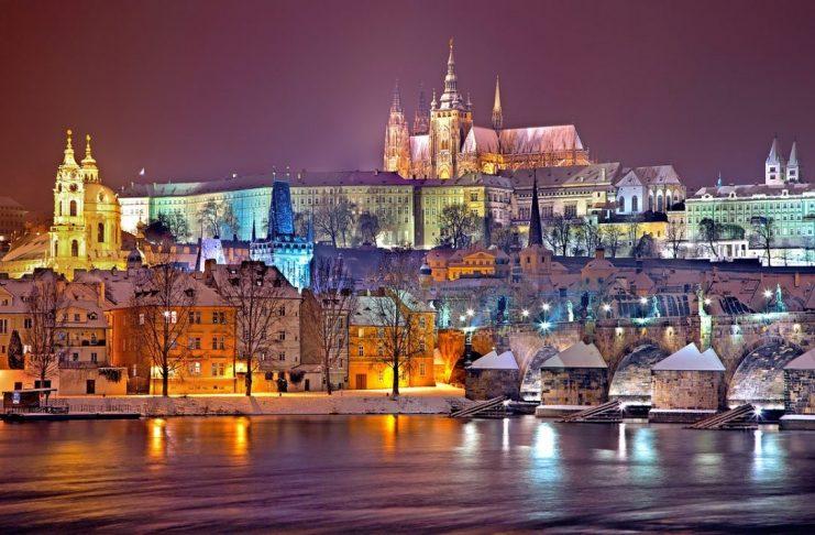 Praha, Česká republika, regulace