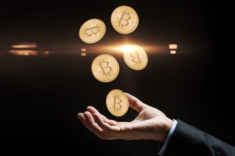 Celkový objem transakcí bitcoinů se blíží 10 bilionům dolarů