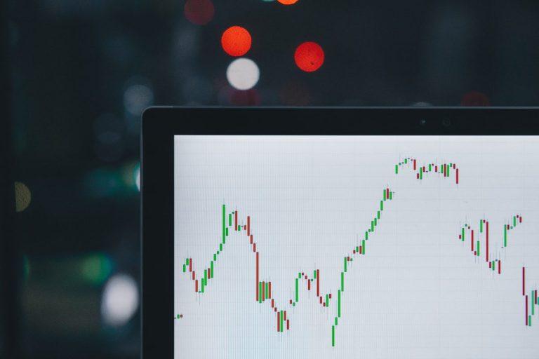 Jak profitovat z volatility