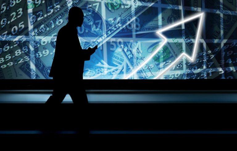 01.08.19 Technická analýza BTC/USD   Nový měsíc začal, ten starý skončil negativně