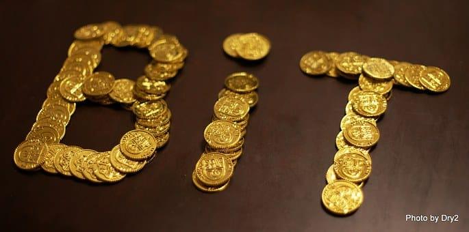 Bitcoin by měl být krytý zlatem!