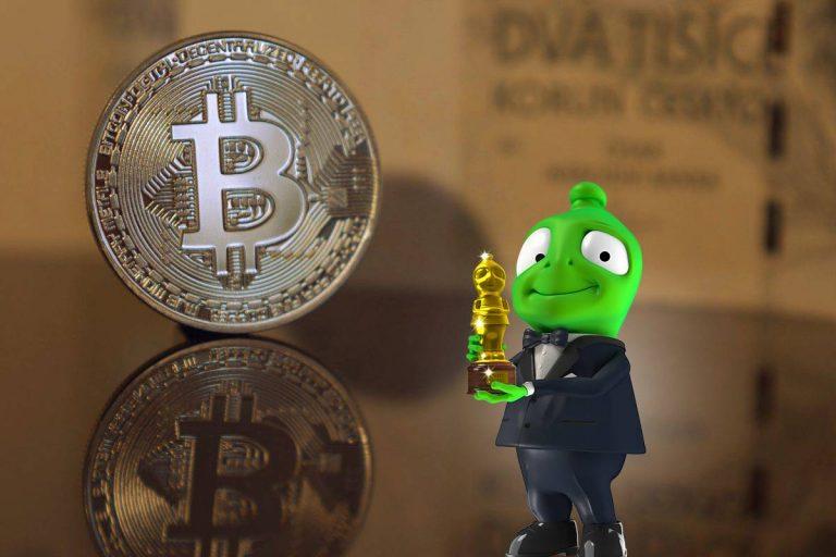 Převést v ČR Bitcoiny na bankovní účet? S Cryptopay můžete, a jak s tím souvisí Alza?