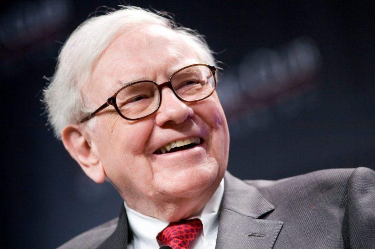 Jak se daří portfoliu akcií Warrena Buffetta v roce 2019 a jak byste dopadli, pokud byste s ním investovali?
