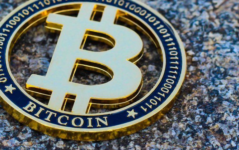 13.04.20 [Přehled trhu] Bitcoin na závěr víkendu začal růst, přenese se tento růst i do pondělí?