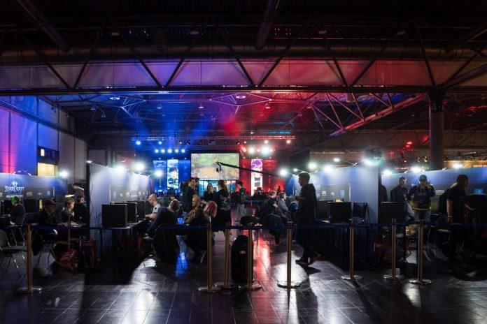 esport, turnaj, decentralizace, blockchain