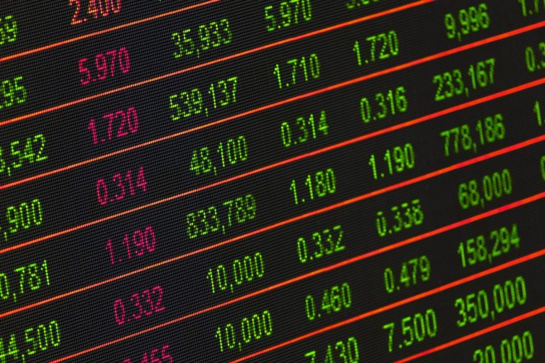 5 mincí s miliardovou dolarovou kapitalizací – jak se jim dařilo v roce 2019?