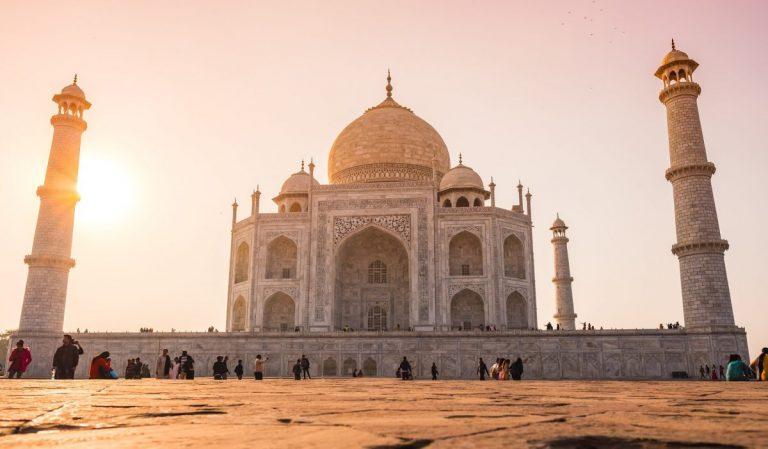 Bývalý guvernér RBI tlačí na Indii, aby přijala kryptoměny