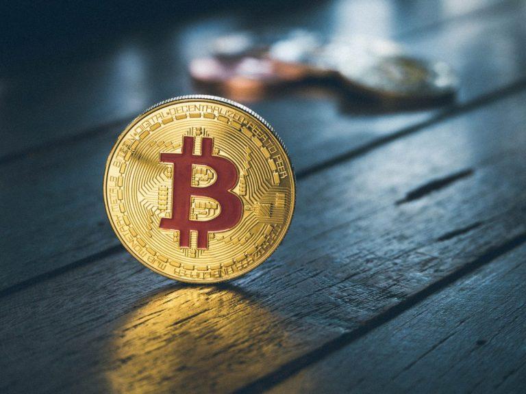 12.04.20 [Přehled trhu] Bitcoin se zastavil na 6 800 USD a trh s ním