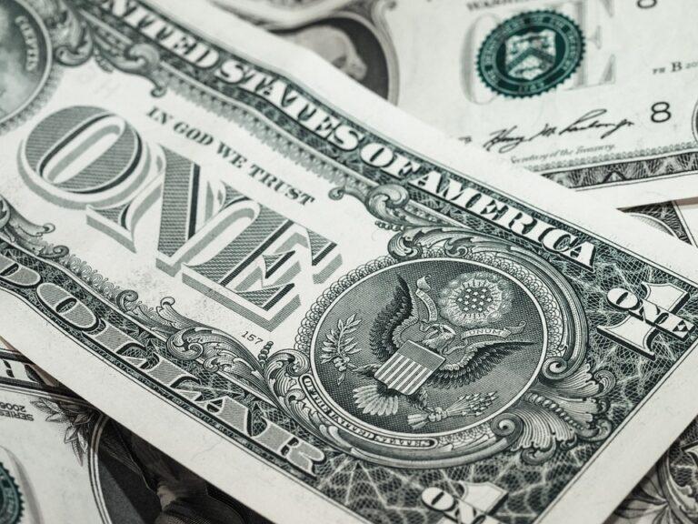 [Přehled trhu] 12.01.20 Bitcoin znovu nad 8 000 USD [BTC] 0,9% • [DASH] 16,77% • [ZEN] 10,85% • [ETC] 10%