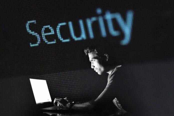 bezpečnost, hacker, malware, phishing