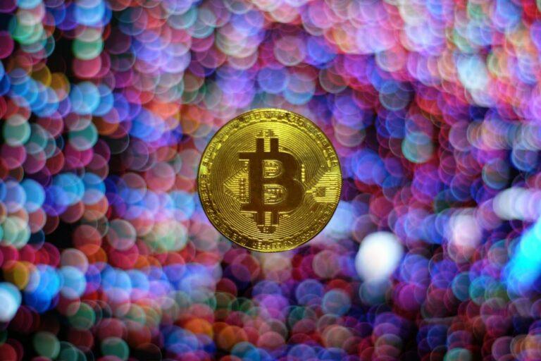 """[Hot news] Vyhledávání pro """"koupit Bitcoin"""" zaznamenalo nejvyšší čísla od června 2019!"""