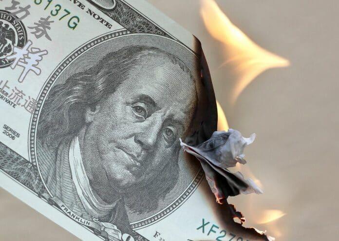 dolar, zkázu, analytici