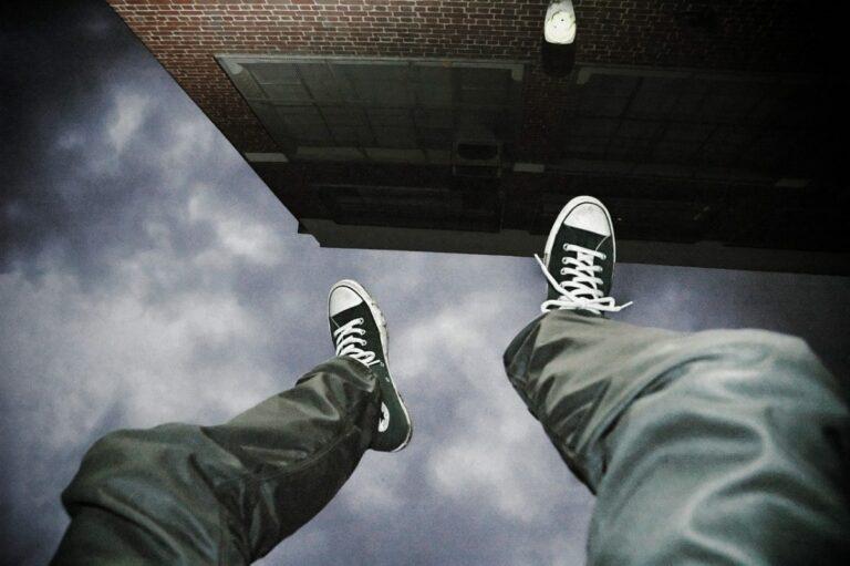 Změna univerzální gravitace ve finančním průmyslu