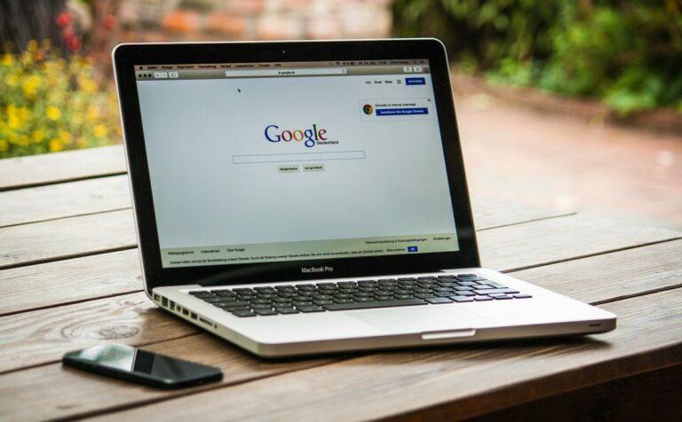 Hackeři se pokouší ukrást kryptoměny pomocí falešných rozšíření Googlu