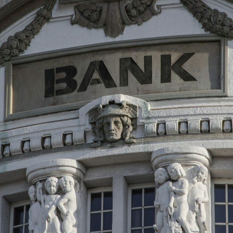 Historické krize 6: Finanční krize 2007