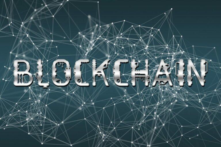 Adopce blockchainu v USA pokračuje vládou