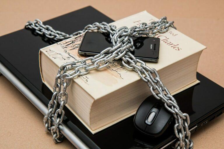 Internetová cenzura během COVID-19 je hrozbou pro kryptoměny a svobodu