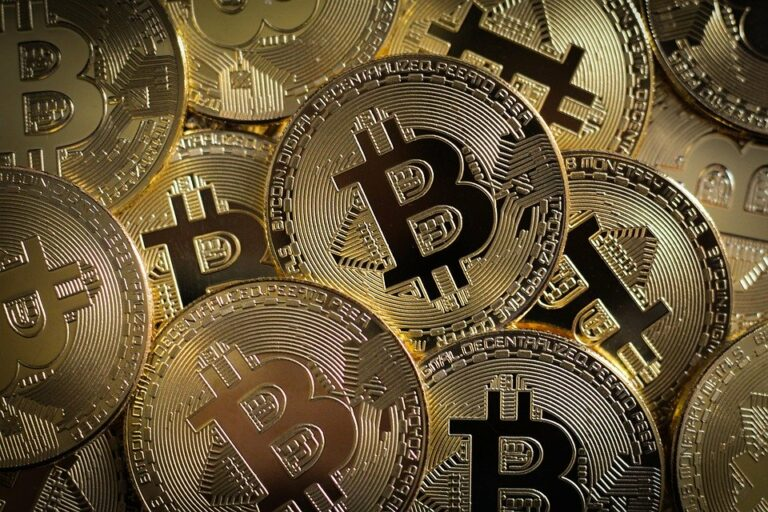 CEO MicroStrategy: Bitcoin je milionkrát lepší než zlato