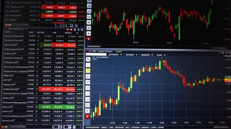 24.11.20 Technická analýza Waves/USD a Stellar/USD – Proč je nyní tak častý parabolický růst?