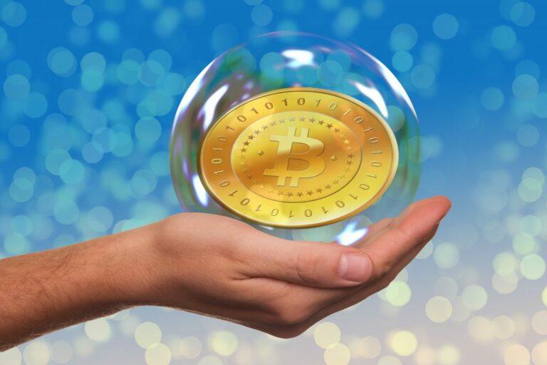 Z průzkumu Deutsche Bank plyne, že investoři vidí jako největší bubliny Bitcoin a akcie Tesly