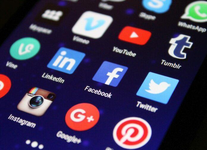 sociální sítě