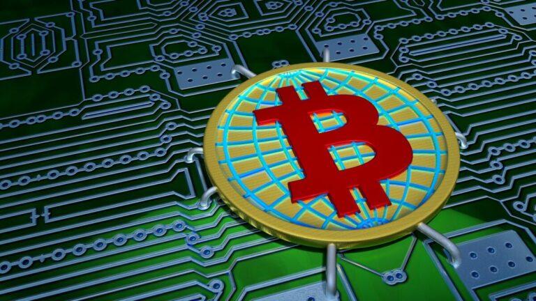 Schiff: Zmýlil jsem se v Bitcoinu, ale nedávná rally byla díky zlatu