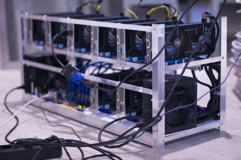 Mineři Bitcoinu čelí bitvě s ekology