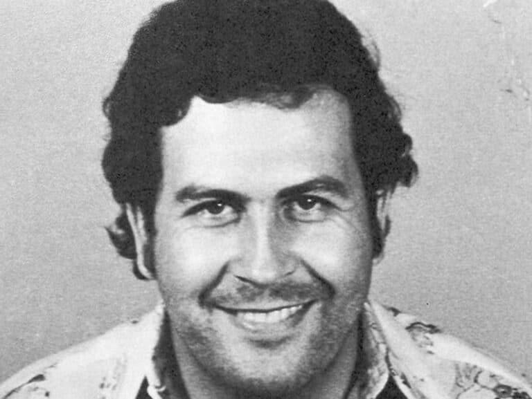 Satoshi Nakamoto mohl pracovat pro Pabla Escobara