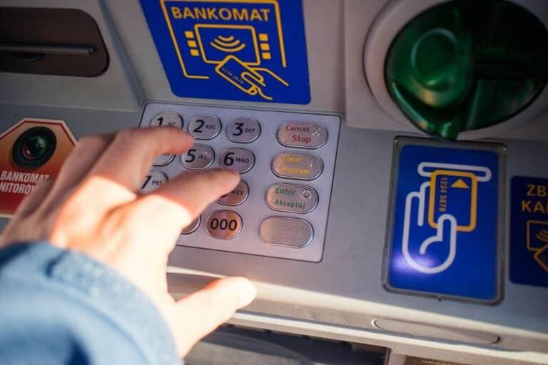 Bitcoinové bankomaty čelí přísnějším předpisům