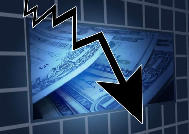 Tak už je to oficiální – Ekonomika Spojených států je od února v recesi!