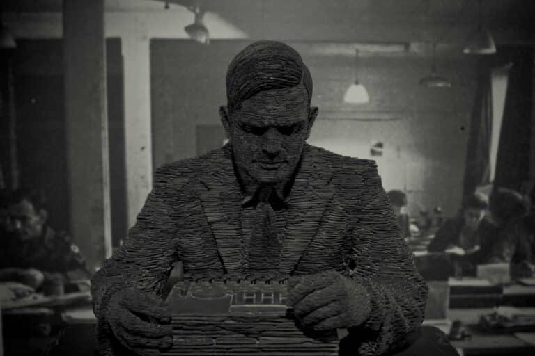 [Osobnost] Alan Turing – Mohou stroje myslet? Co na to člověk, který rozluštil nacistickou Enigmu…