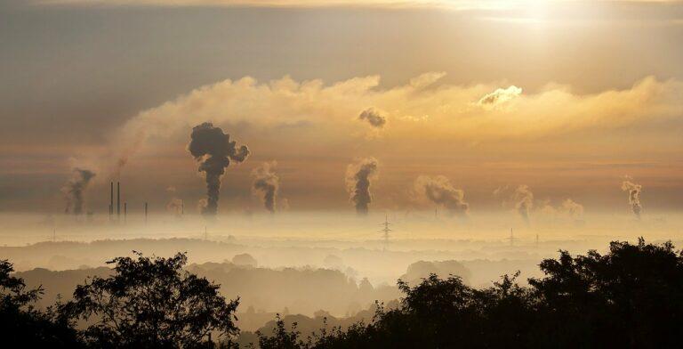 Tokenizace by mohla pomoci i s emisemi CO2