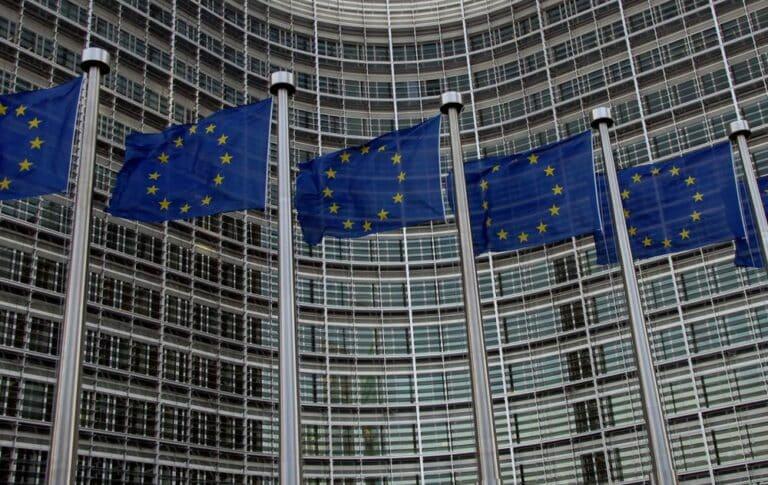 Evropská komise navrhla (k inovacím a kryptoměnám) až nečekaně vstřícná pravidla