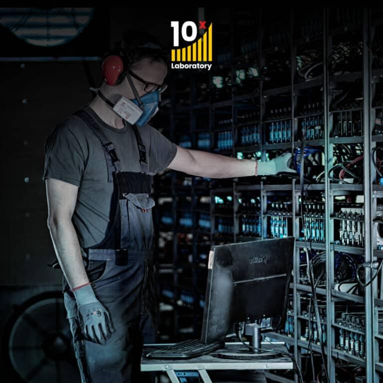 10x Laboratory jedničkou v těžbě kryptoměn?