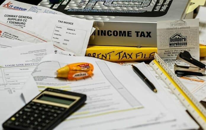 tax daně