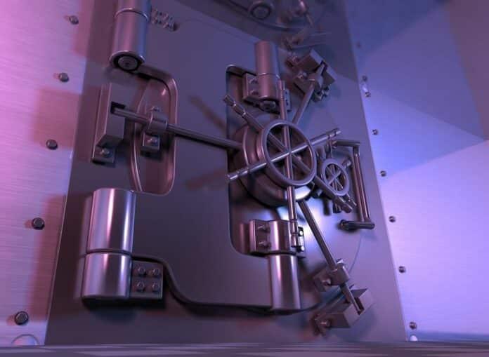 sejf banky krypto trezor