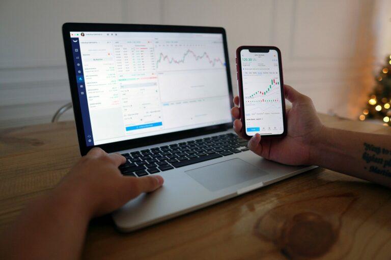 29.12.20 Technická analýza XRP/USD a NEO/USD – Ripple na all time low?