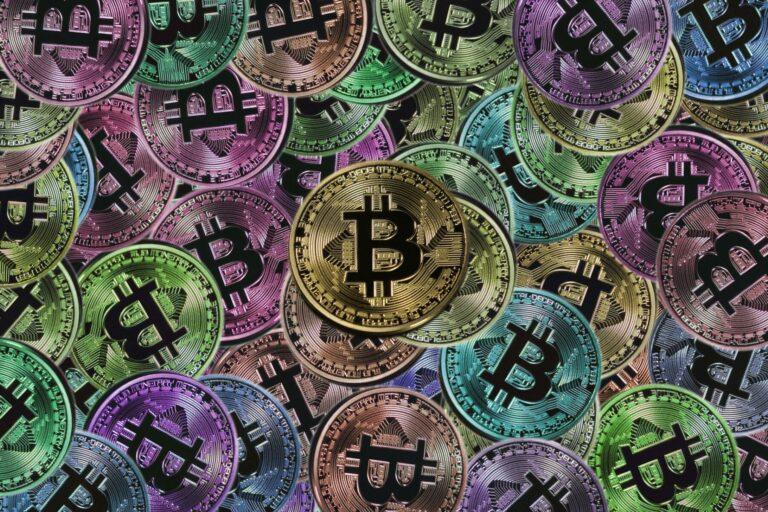 Bitcoin nyní patří mezi 10 nejcennějších globálních aktiv
