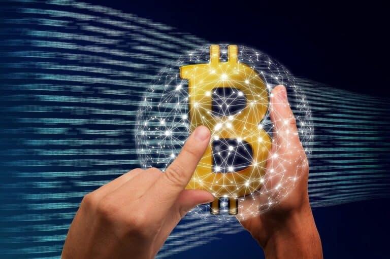 Bitcoin je úžasnou investicí – říká Ray Dalio