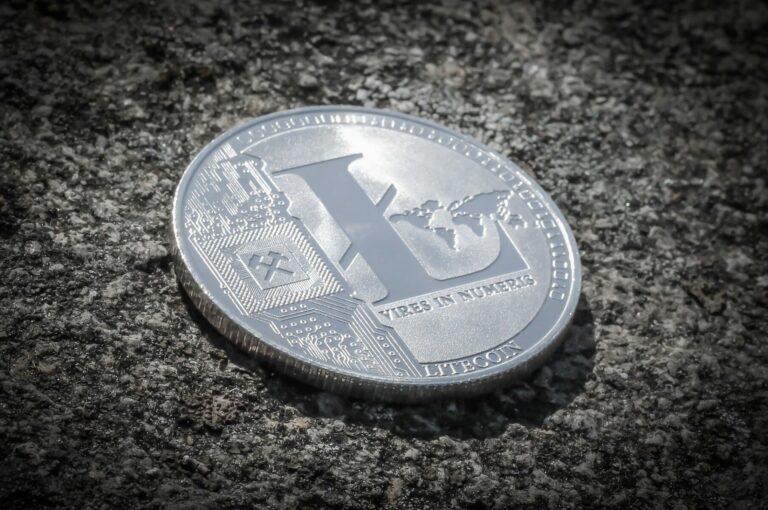 Litecoin čelí spekulacím o vyřazení z burzy Bittrex