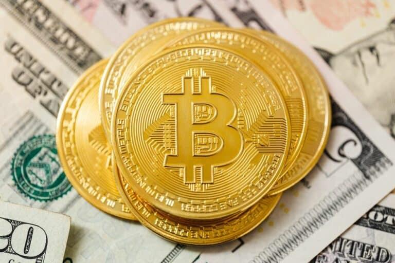Tržní kapitalizace Bitcoinu poprvé ve své historii pokořila 1 bilion dolarů