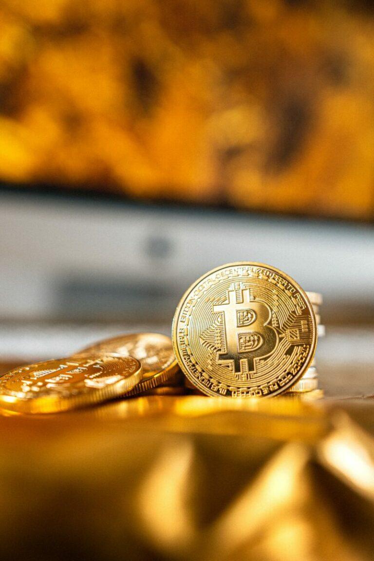 27.06.21 Video analýza Bitcoinu (BTC), Altcoin Indexu a zlata – potvrdí měsíční close Evening Star Doji?
